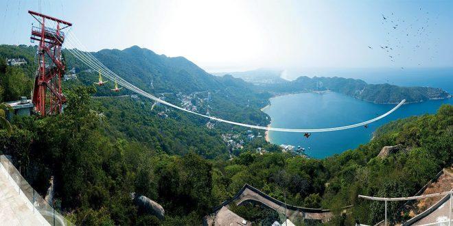 Xtasea, La tirolesa más grande del mundo sobre el mar en Acapulco