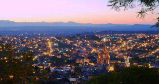 San-Miguel-de-Allende-de-noche