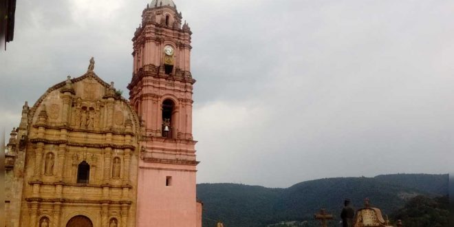 Tlalpujahua-de-Rayón,-Michoacán