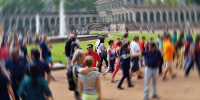 muchos-turistas