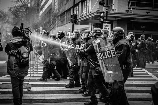 policia-en-las-calles