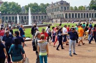 turistas o viajeros