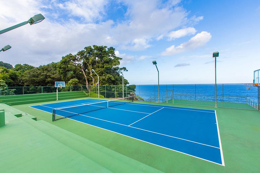 Casa que rento Justin bibier en Hawai cancha de tenis