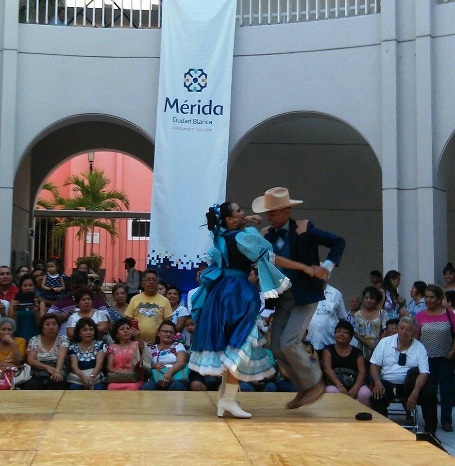 Fiesta mundial del folclore en Mérida_3