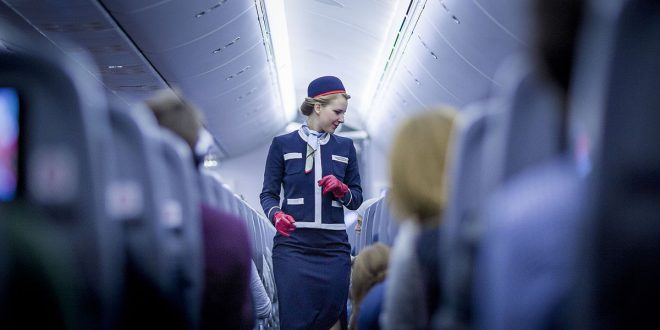 norwegian_flight_attendant