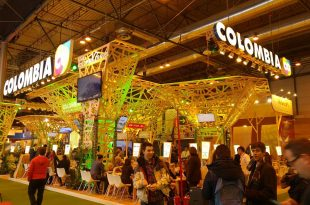 Stand Colombia Fitur 2017