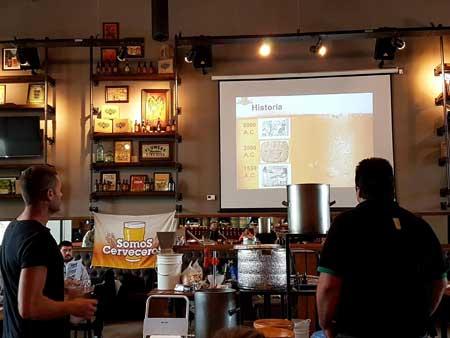 Capacitación-Cerveza-en-el-Bar-de-Antares2