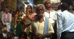 Gente-en-Varanasi,-India