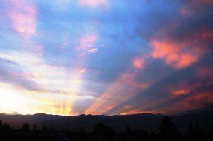Rayos-de-sol-iluminando