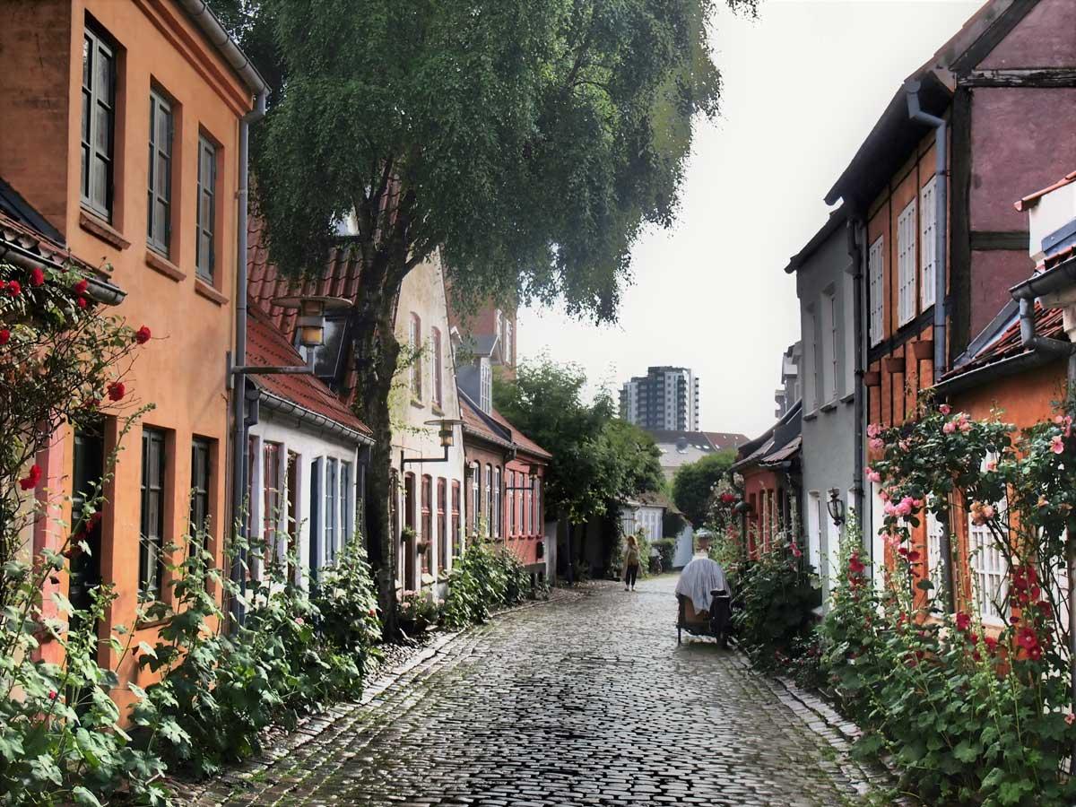 Møllestien-en-Aarhus,-Dinamarca