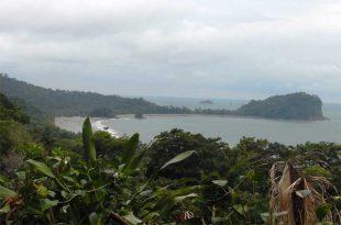 Parque-Nacional-Manuel-Antonio-desde-arriba