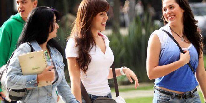 estudiantes-de-turismo