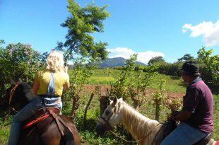 Cabalgata-en-Albergue-Nicaragua-Libre