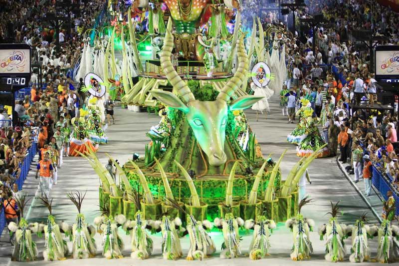 Recomendaciones a personas que viajan al Carnaval de Brasil