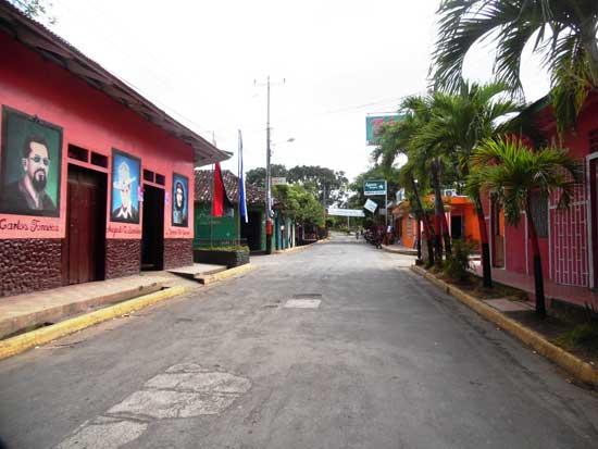 Alta-Gracia,-Isla-Ometepe,Nicaragua