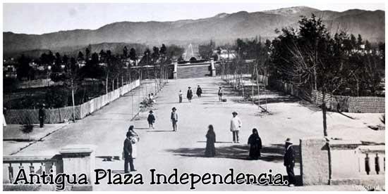Antigua Plaza Independencia en Mendoza Argentina