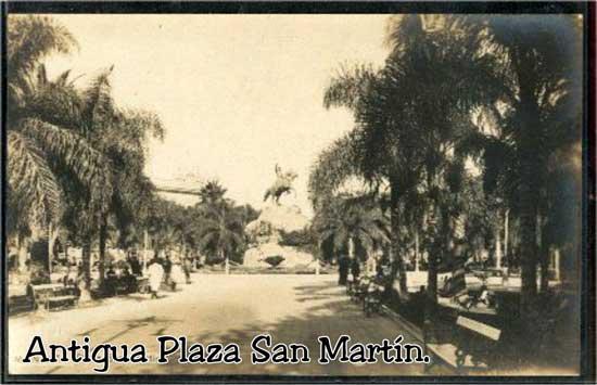 Antigua Plaza San Martín en Mendoza Argentina