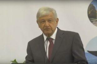 Presentación de AMLO en el XVI Foro Nacional del Turismo
