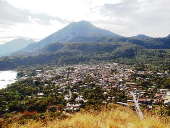 San Juan La Laguna desde lo alto