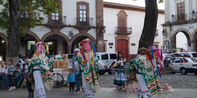 danza de los viejitos en Michoacán