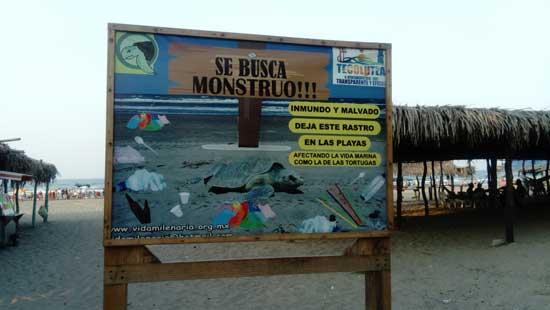 Letrero en playa Tecolutla