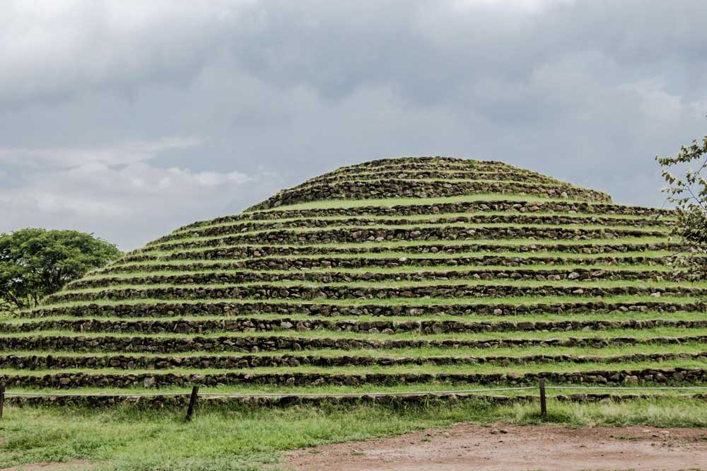 Pirámide La Iguana en Teuchitlán