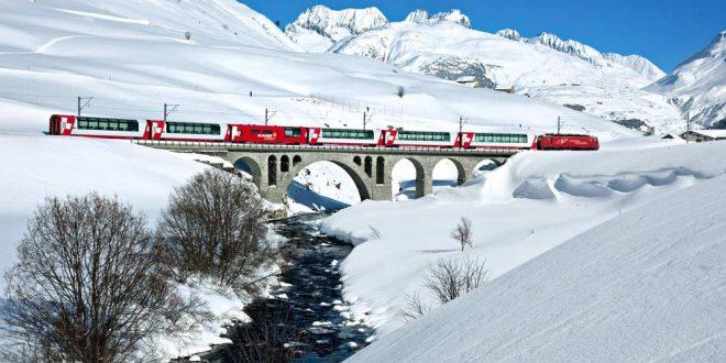 El Glacier Express cruzando el valle de Urseren