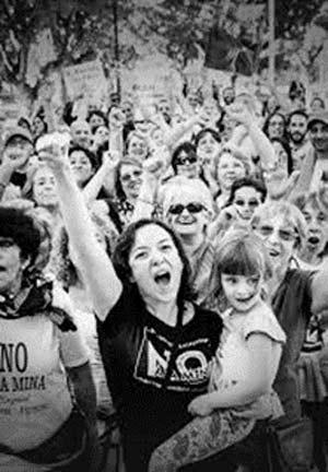 manifestación no a la mina