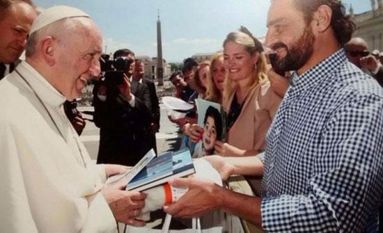 El Papa Francisco recibe a Roberto Bubas