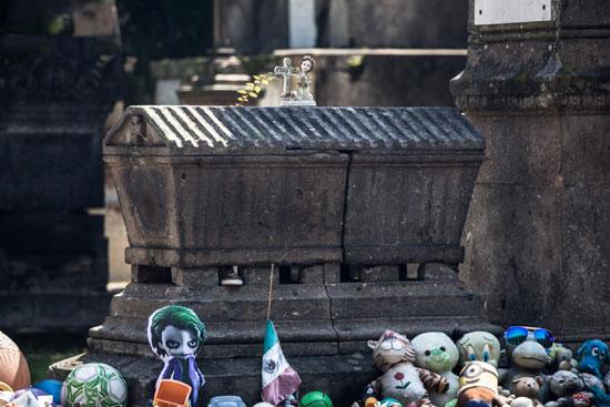 La tumba de nachito en el Panteón de Belén en Guadalajara