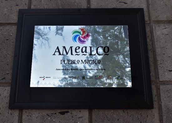 Placa conmemorativa Amealco