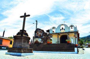 Plaza Central de San Cristóbal El Alto