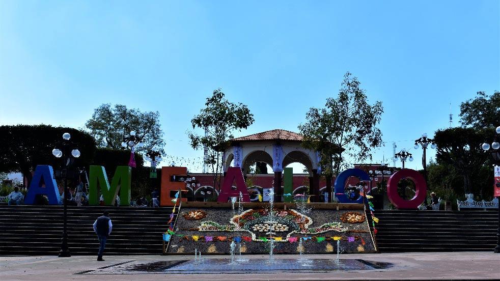 Plaza de la Constitución en Amealco de Bonfil