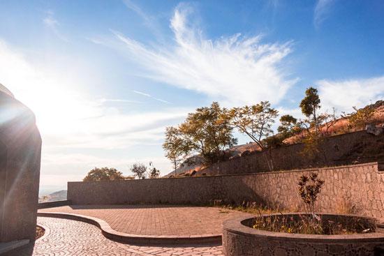 Mirador y Templo San Cayetano