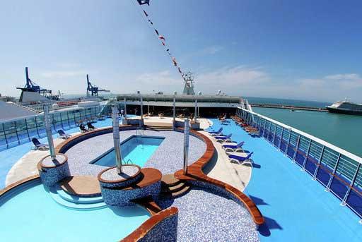 Piscina del Crucero Grimaldi