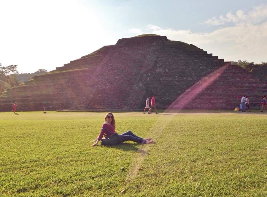 Andrea Soberanis en el Sitio arqueológico El Tajín 2
