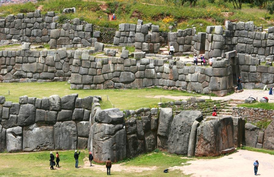 Saqsaywama en Perú