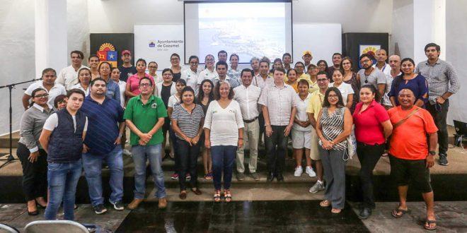 Capacitan a prestadores de Servicios Turísticos en Cozumel