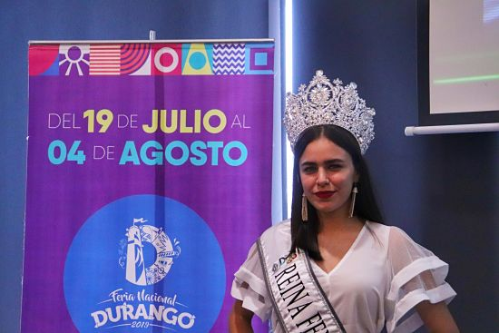 Rachel Garcia, reyna de la Feria Nacional de Durango
