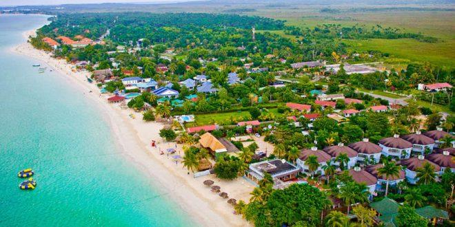 Seven Mile Beach en Negril, Jamaica.