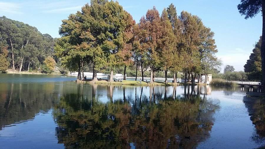 Lago en la Ex Hacienda de Chautla