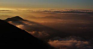 Los caminos de montaña: cielos infinitos