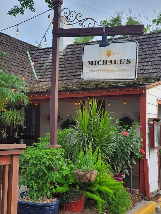 RESTAURANTE MICHAEL'S