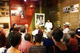 Visitantes con Alzheimer al Museo del Canal Interoceánico de Panamá