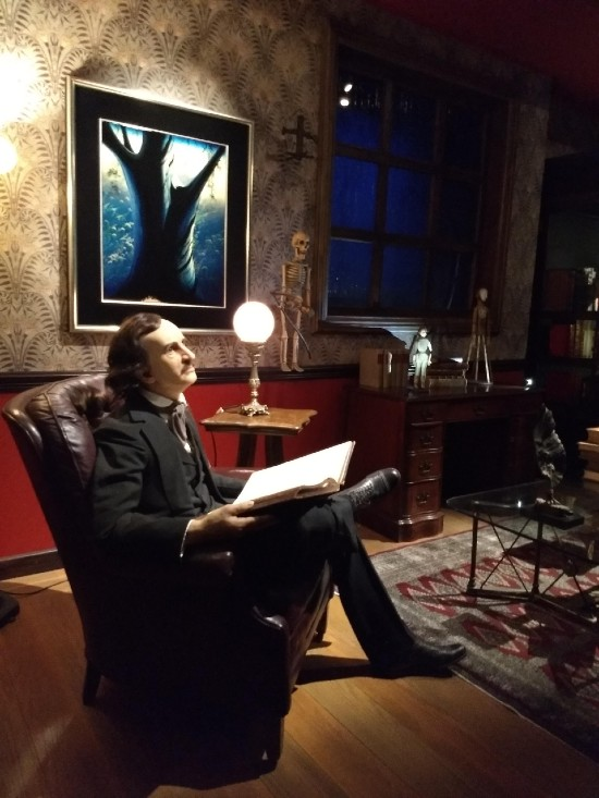 Edgar Allan Poe en el cuarto de lluvia