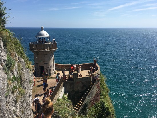 Faro de San martin santoña