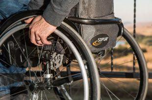 Silla de ruedas turismo accesible