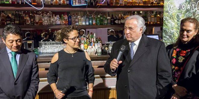 Víctor Koyok, Michelle Fridman y Miguel Torruco, Secretario de Turismo Federal de México