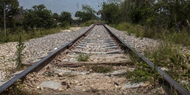 Vías del Tren Maya