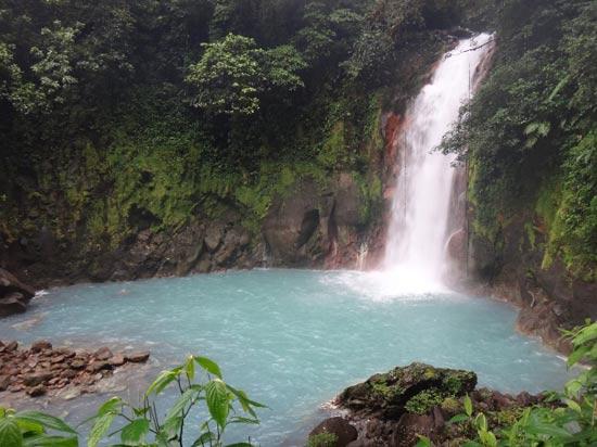 Cascada Río celeste Costa Rica